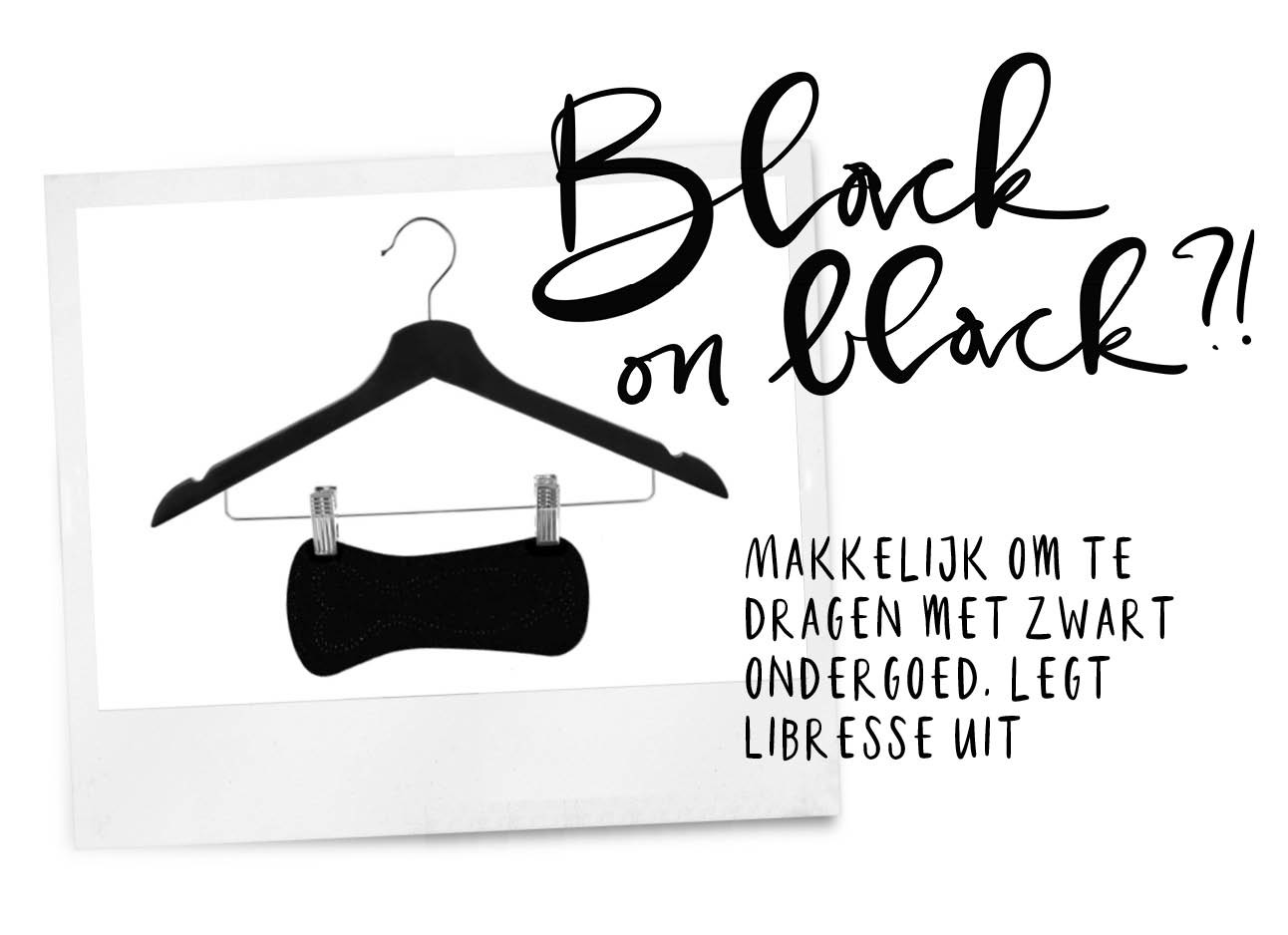 zwart maandverband aan een hanger