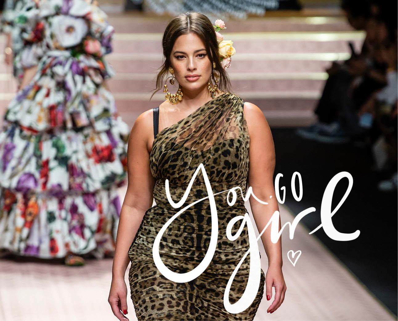 Ashley Graham op de catwalk van Dolce & Gabbana