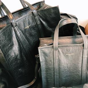 Twee Balenciaga tassen