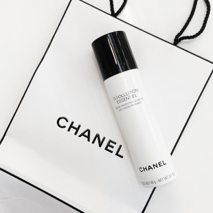 D-Pollution van Chanel