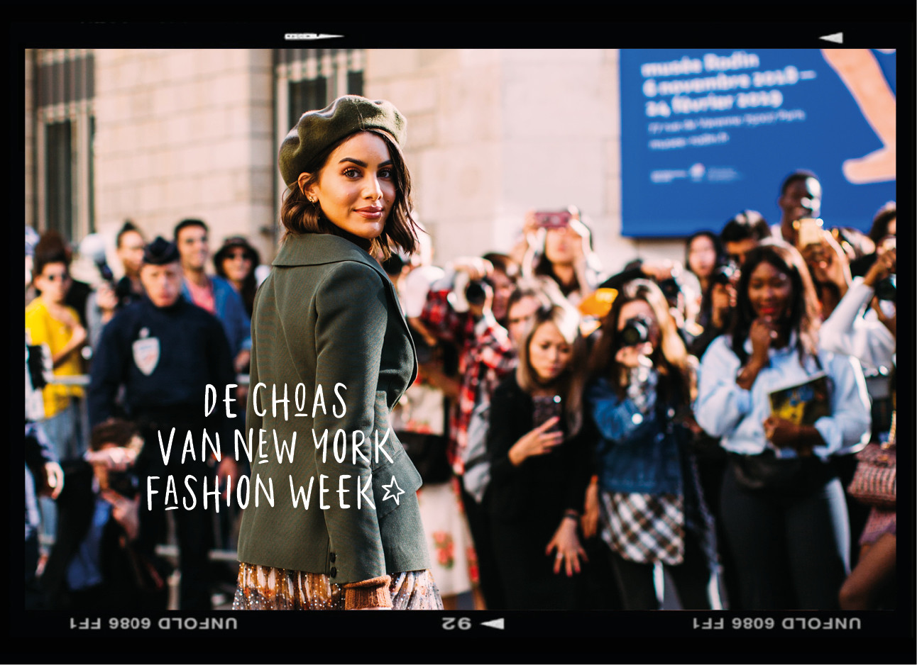 fashionweek streetwear influencer met allemaal fotografen