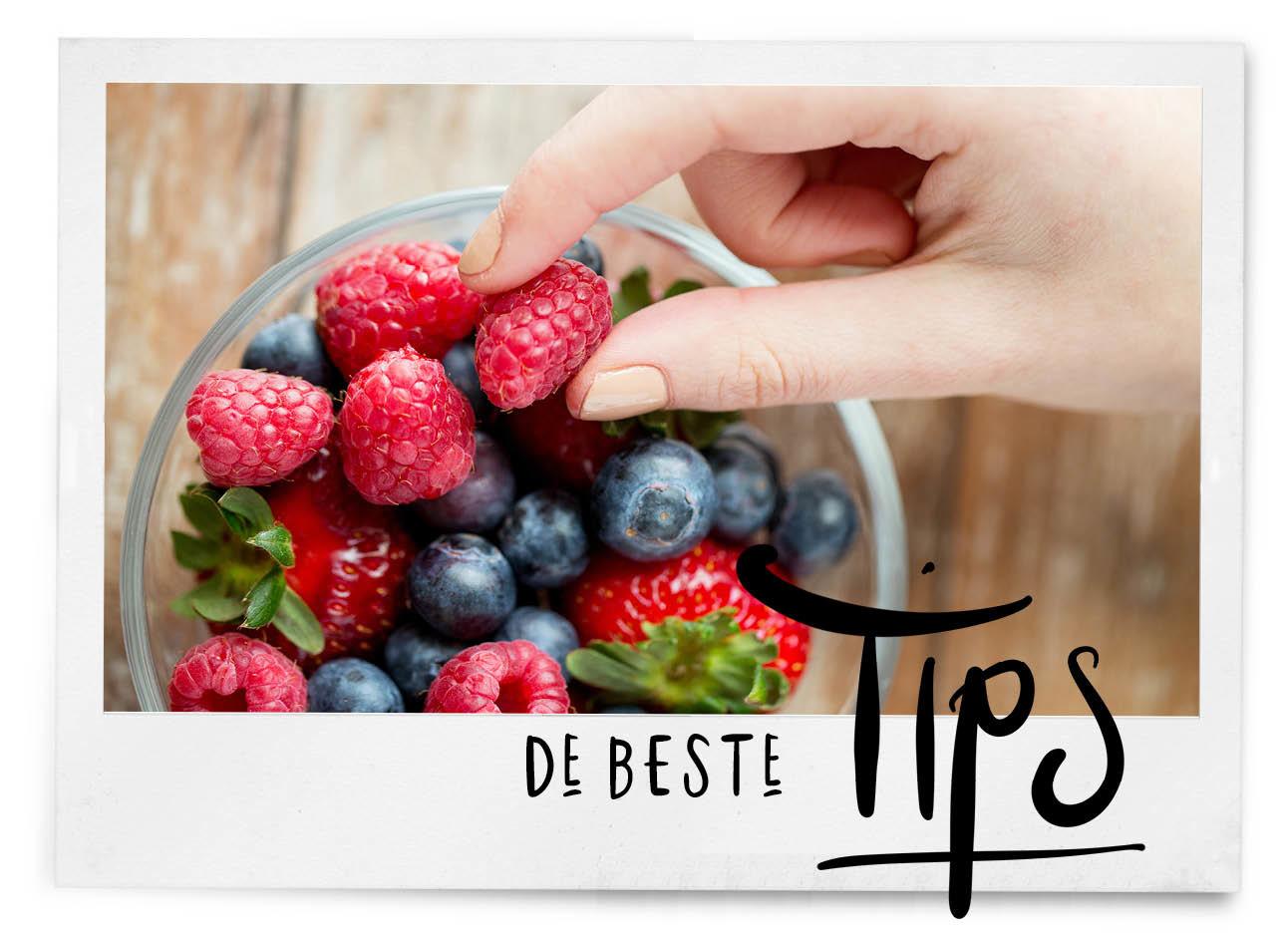 kommetje met blauwe bessen, aardbeien, frambozen, de beste tips
