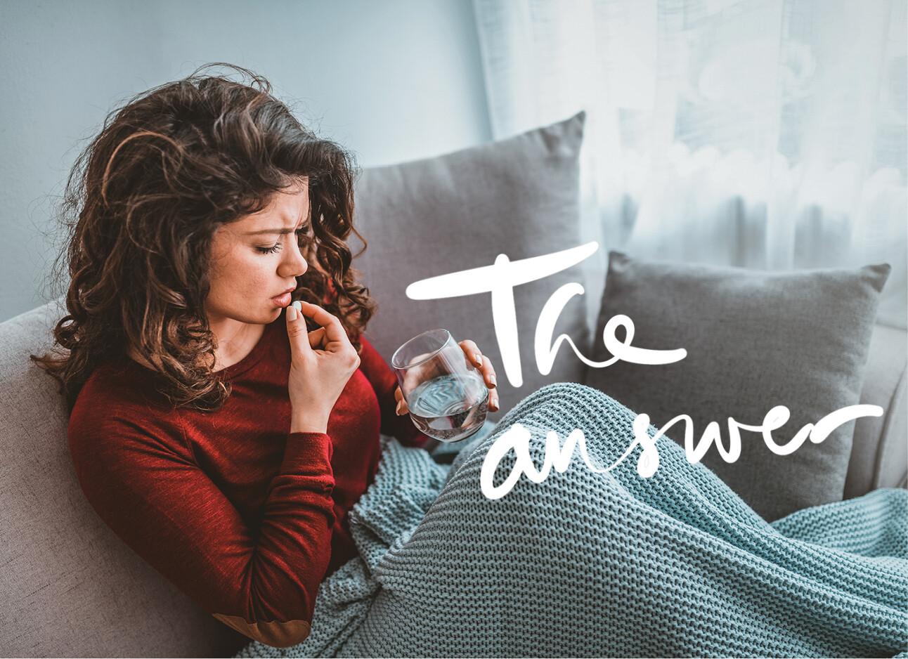vrouw op bed met paracetamol