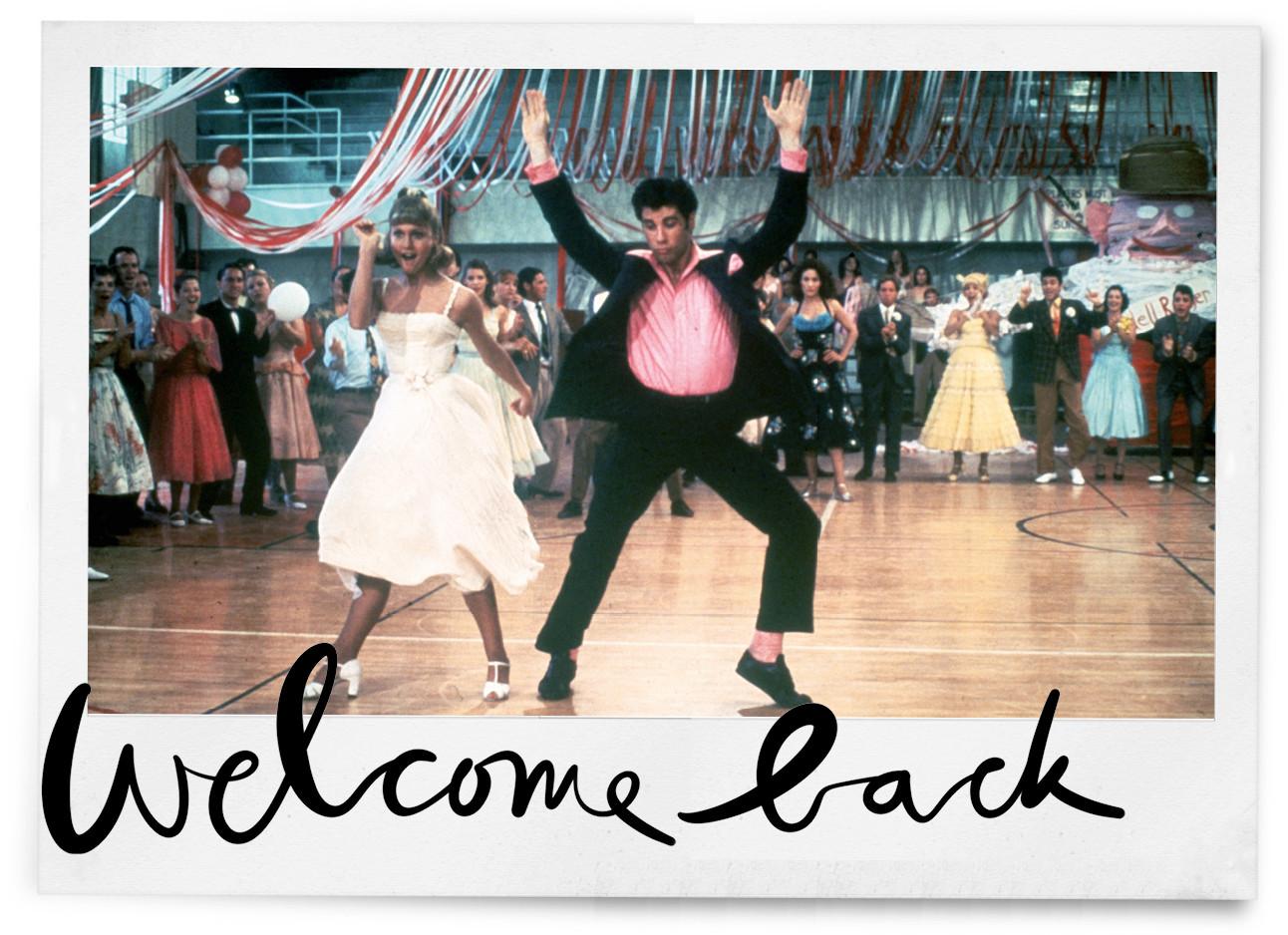 Olivia Newton John en john travolta die samen aan het dansen zijn