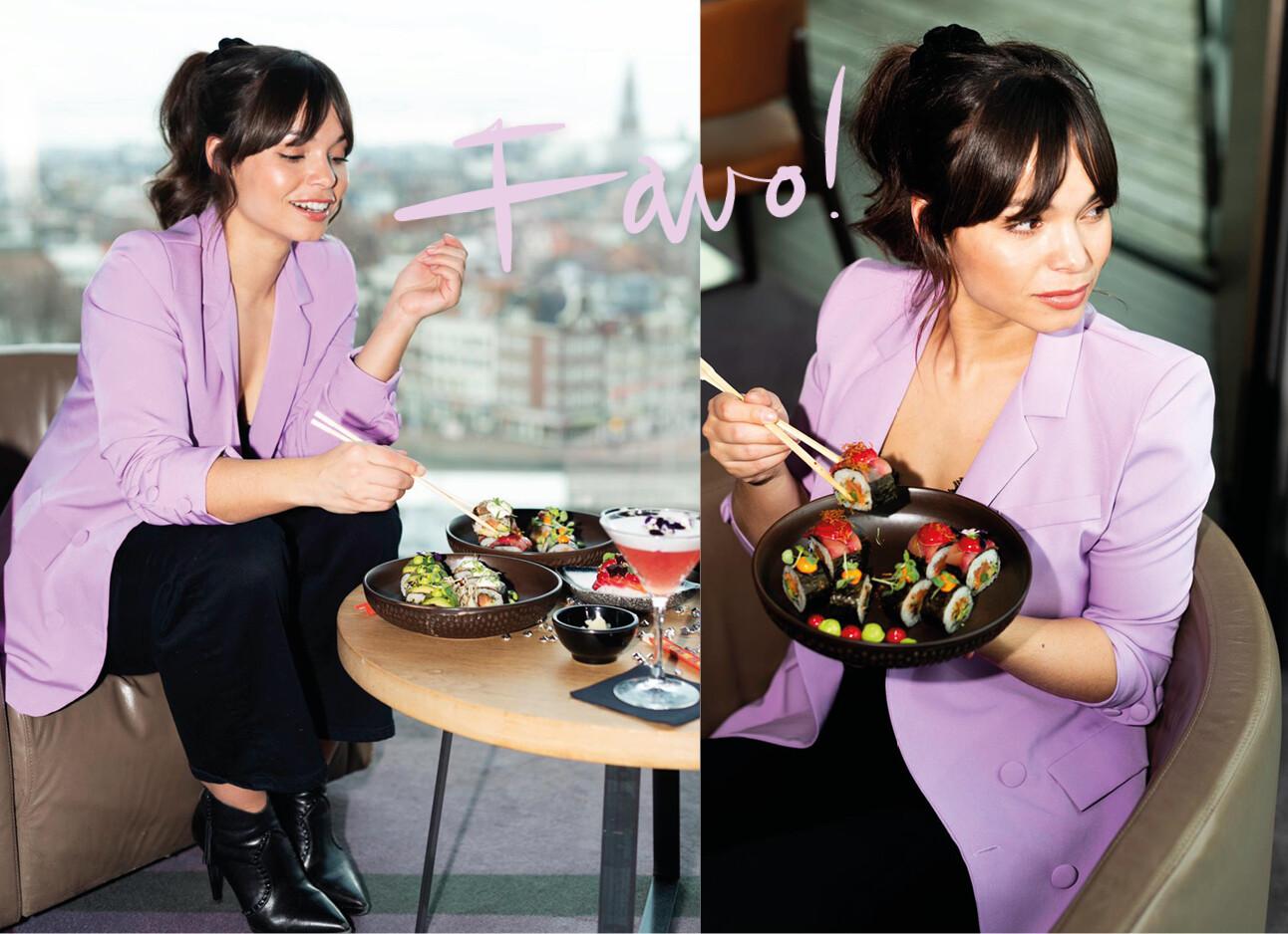 Kiki eet sushi in een restaurant