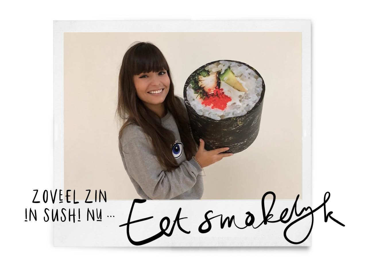 kiki met een enorme sushirol