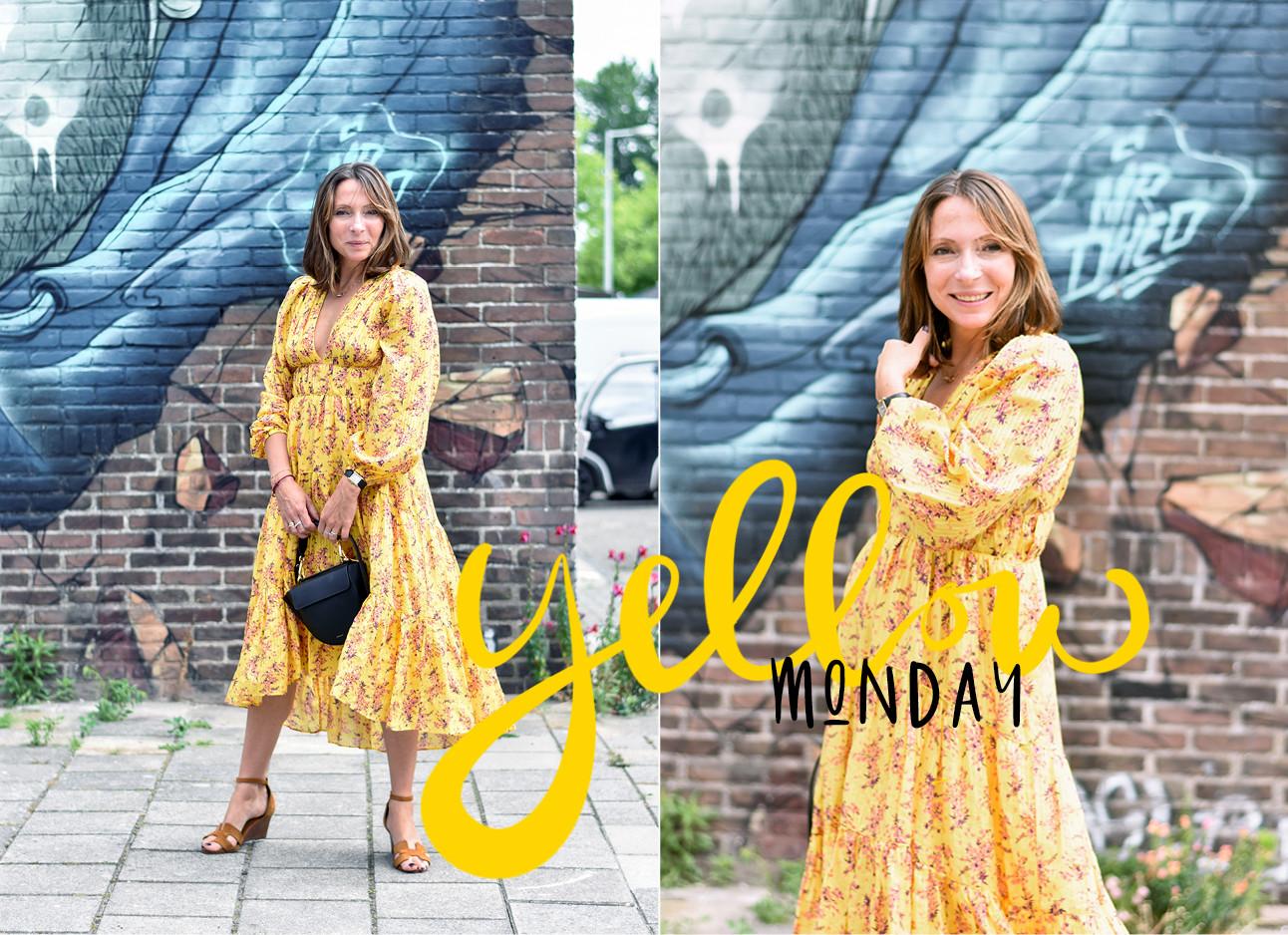 Look of the day May-Britt Mobach in een gele jurk met bloemetjes en een wandler tas