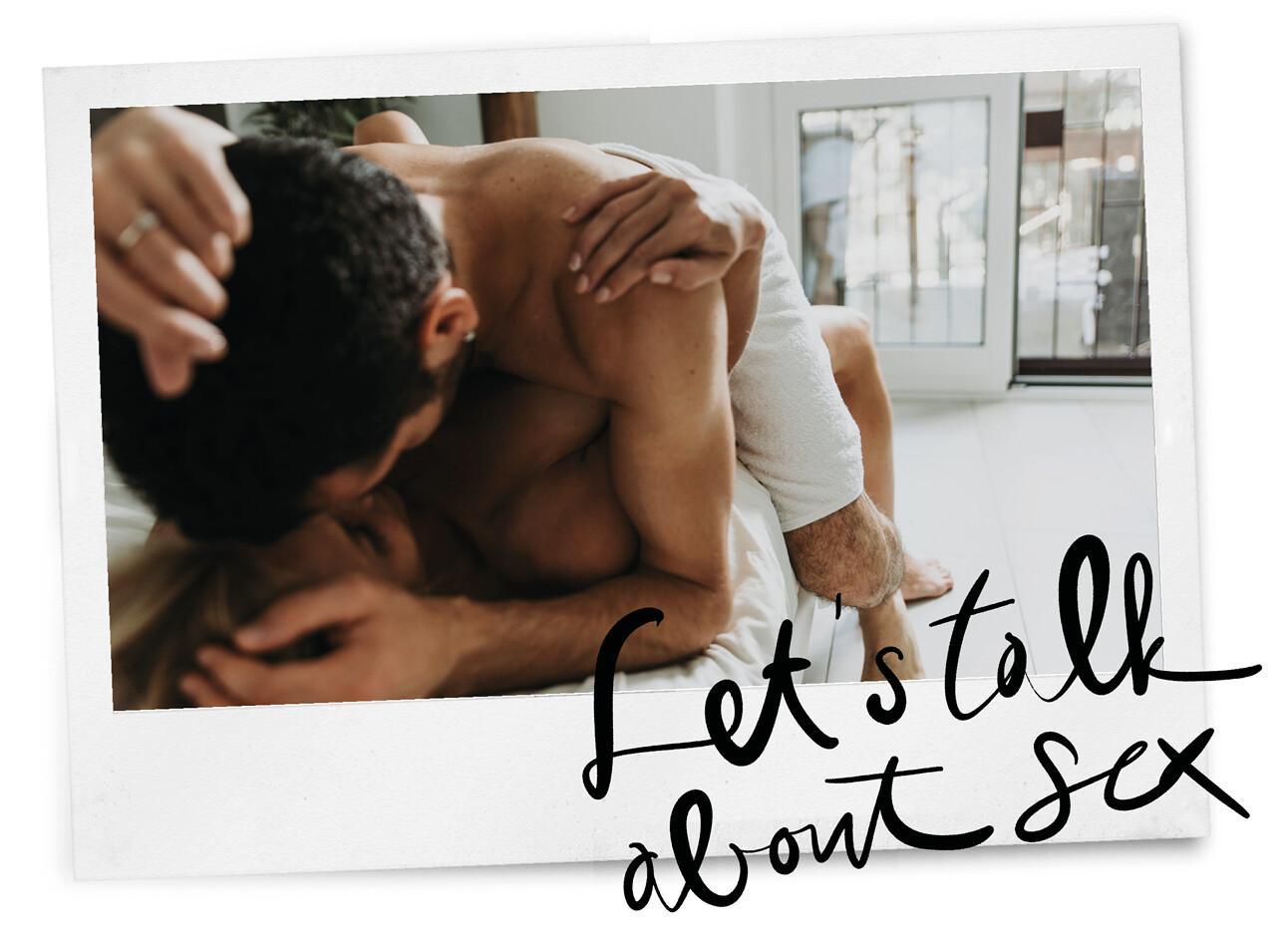 man en vrouw hebben seks op bed