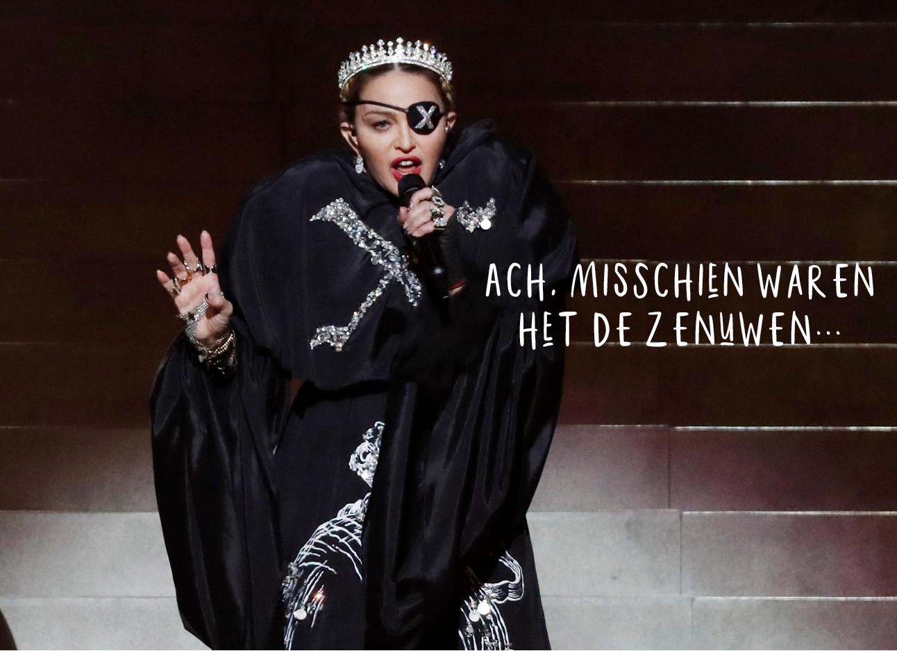 madonna tijdens haar optreden voor de 200 miljoen kijkers van het eurovisie songfestival in tel avivn