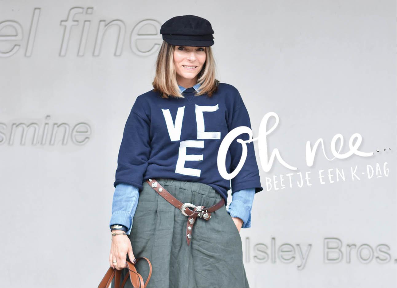 May-lachend-love trui hoedje blauw lange rok