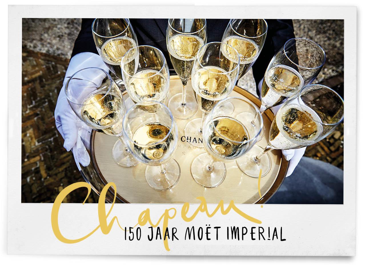 moet-imperial-150jaar champagne op een dienblad