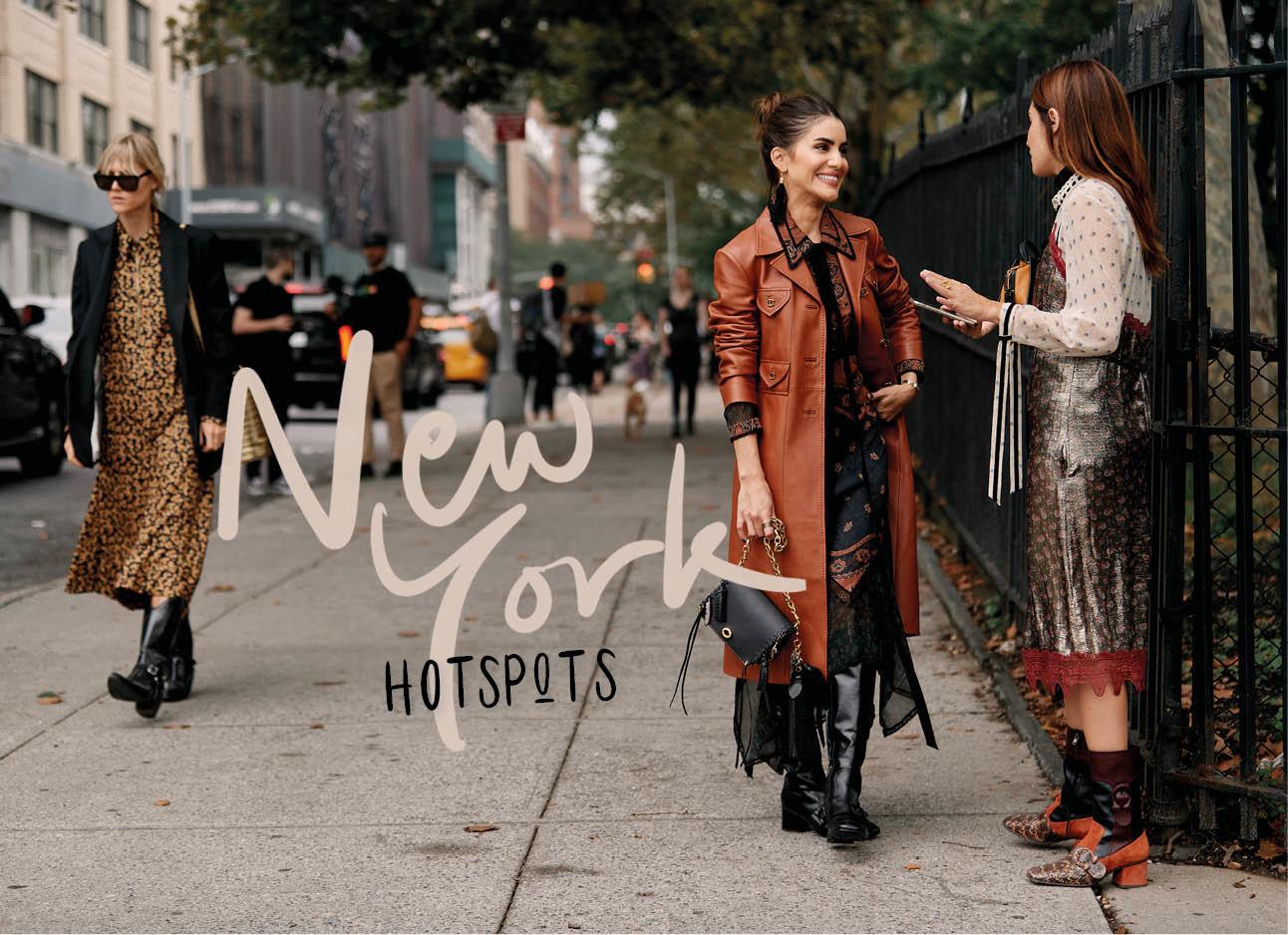 vrouwen buiten in New York praten streetstyle