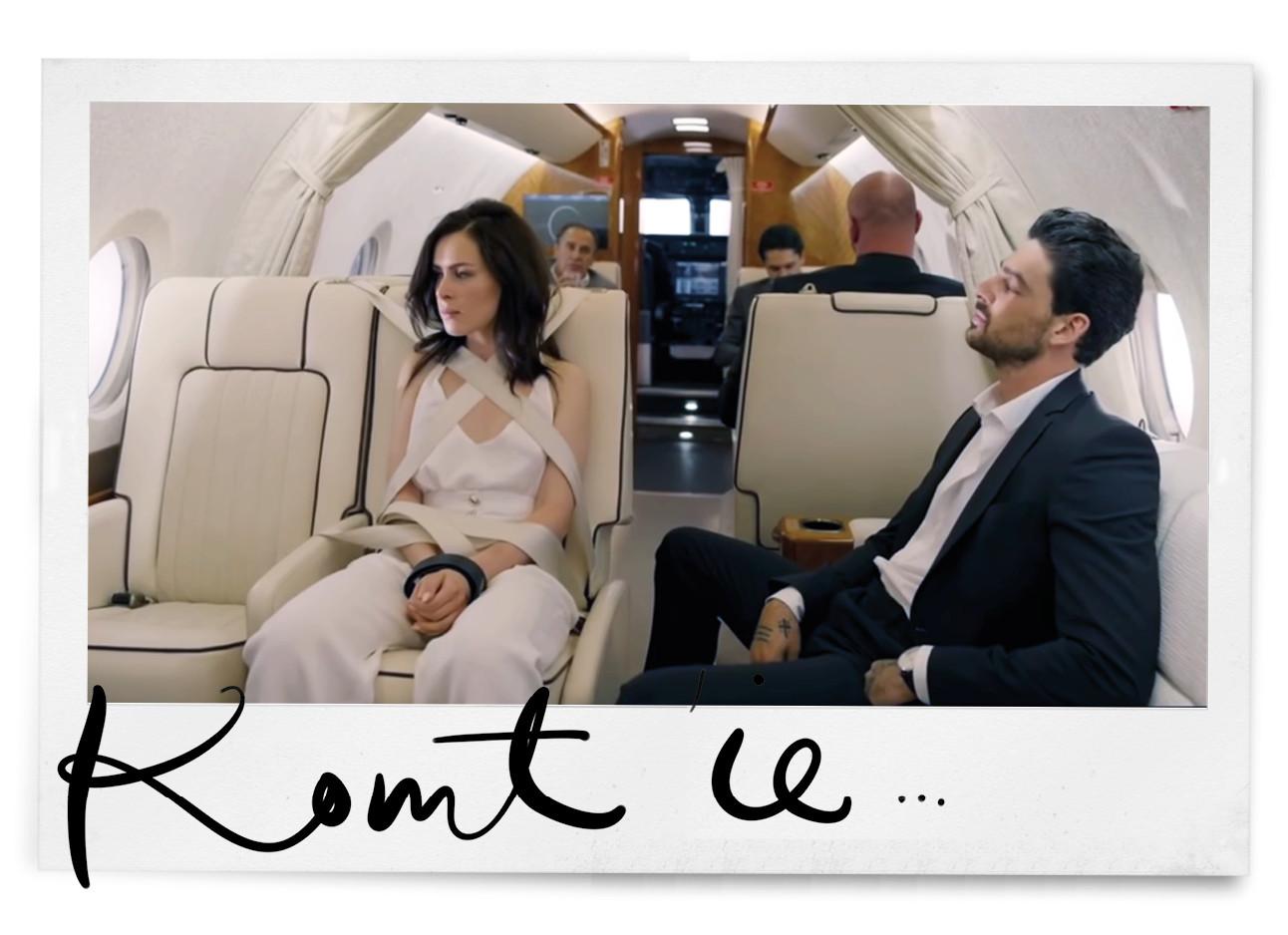 Man en vrouw in een vliegtuig 365 netflix