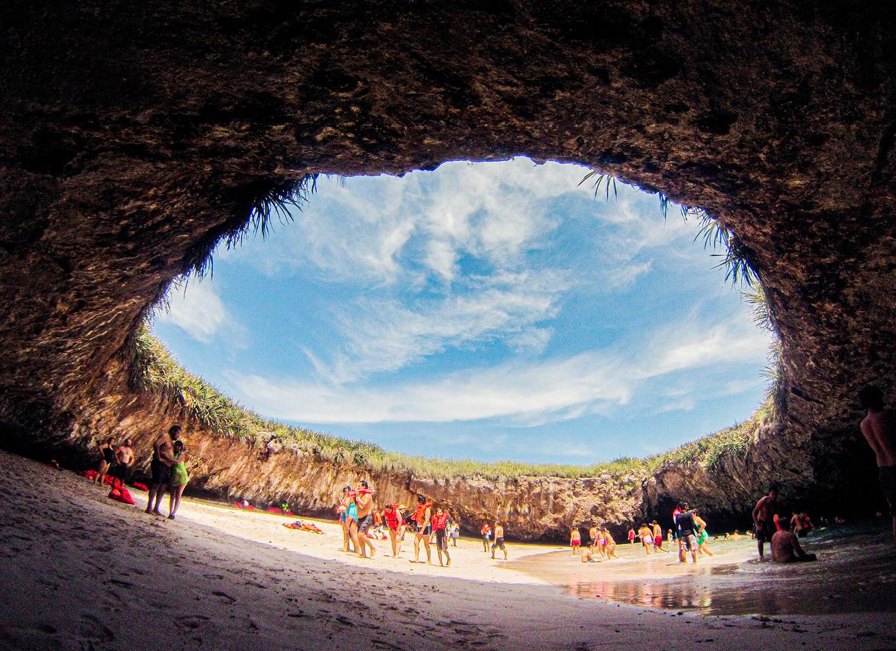 Beelden van het verborgen strand in mexico