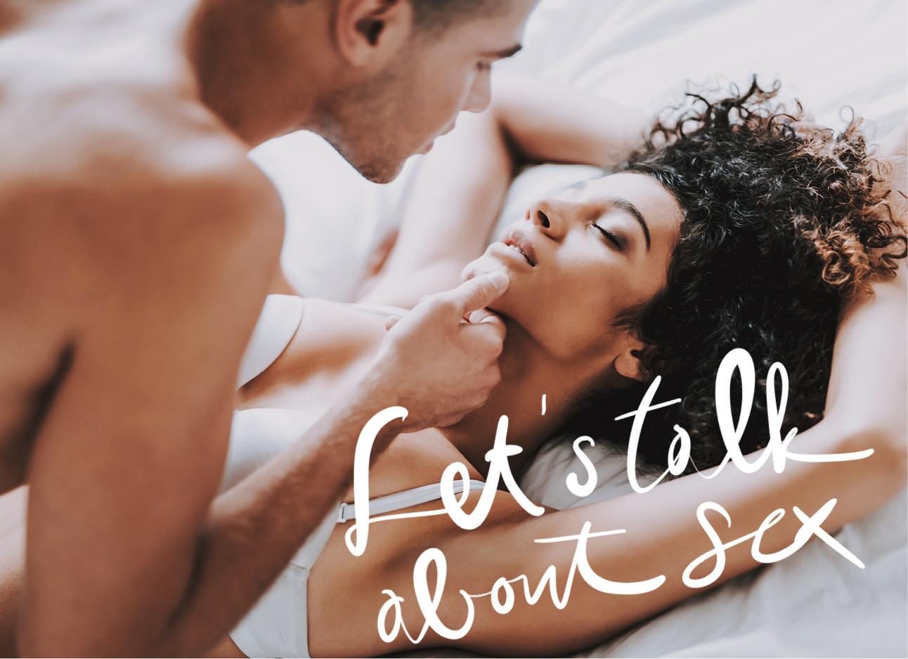 vrouw en man in bed kussend