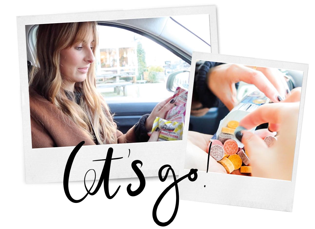 Lilian die in de auto zit met verschillende snoepjes