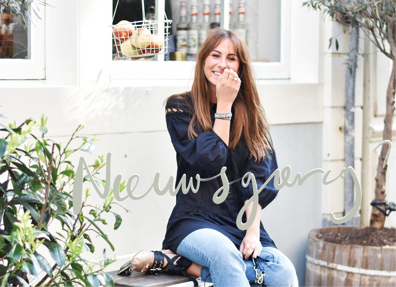 lilian lachend buiten voor PLUK amsterdam