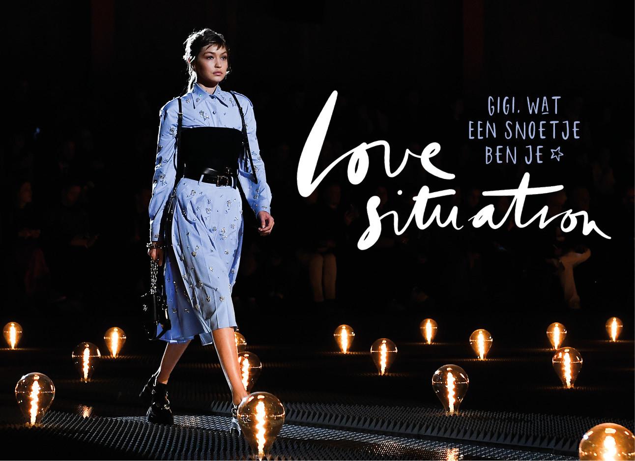 Gigi Hadid op de catwalk van de Prada show